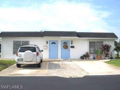 43 Hamlin Ct, Lehigh Acres, FL 33936 (#219075974) :: The Dellatorè Real Estate Group