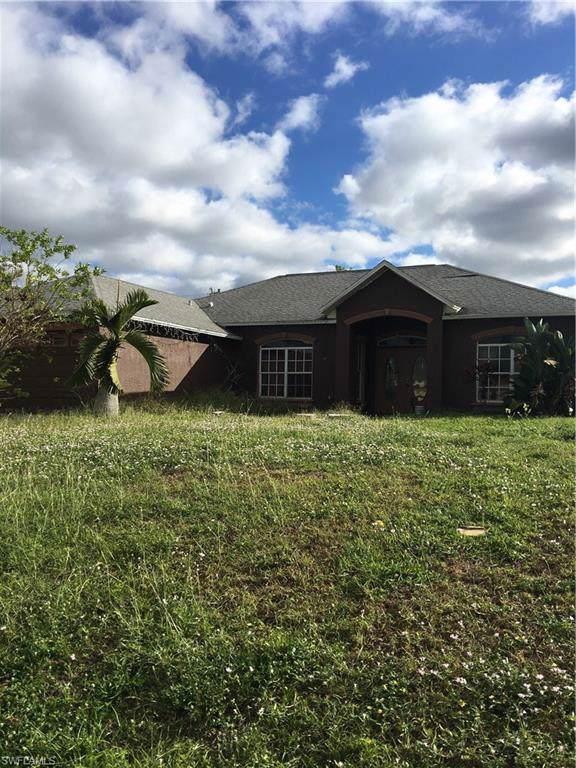 918 NE 13th St, Cape Coral, FL 33909 (MLS #219076551) :: Clausen Properties, Inc.