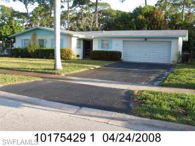 5 Broadway Cir, Fort Myers, FL 33901 (MLS #219078154) :: Palm Paradise Real Estate