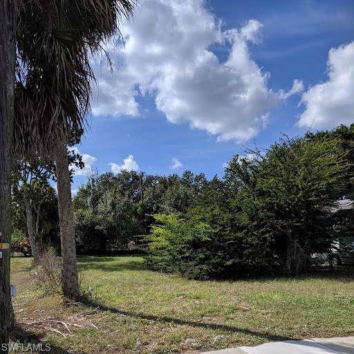 286 Miramar Rd, Fort Myers, FL 33905 (MLS #219078343) :: Clausen Properties, Inc.