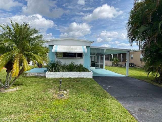 252 Cape Sable Dr, Naples, FL 34104 (MLS #219078443) :: RE/MAX Realty Team