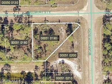 948 Belmont St E, Lehigh Acres, FL 33974 (MLS #219079991) :: Kris Asquith's Diamond Coastal Group