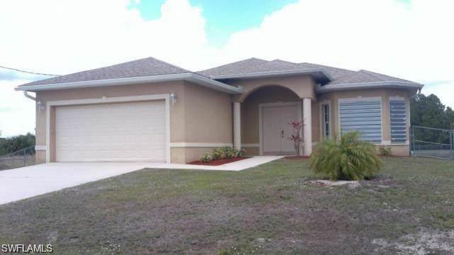 1215 Ermine St E, Lehigh Acres, FL 33974 (MLS #219080475) :: Kris Asquith's Diamond Coastal Group