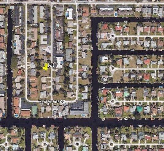 4938 Vincennes Ct, Cape Coral, FL 33904 (#219080983) :: The Dellatorè Real Estate Group