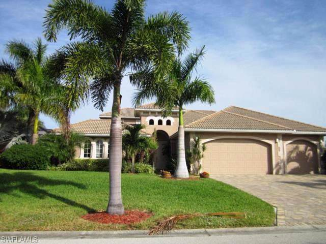 911 Palmetto Pointe Cir, Cape Coral, FL 33991 (#219081271) :: Jason Schiering, PA