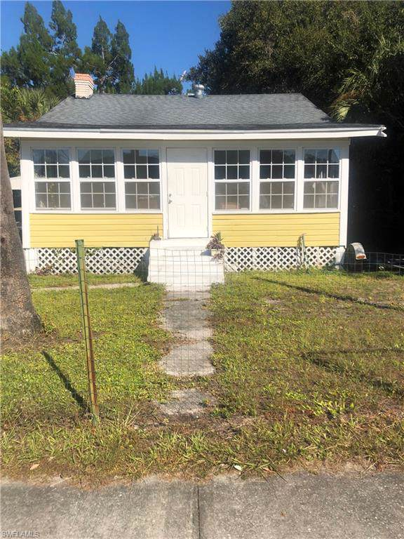 2411 Edison Ave, Fort Myers, FL 33901 (MLS #219081563) :: Palm Paradise Real Estate