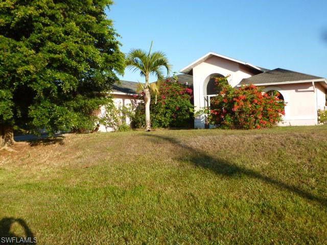 4900 Bywood St, Lehigh Acres, FL 33971 (MLS #219081600) :: #1 Real Estate Services