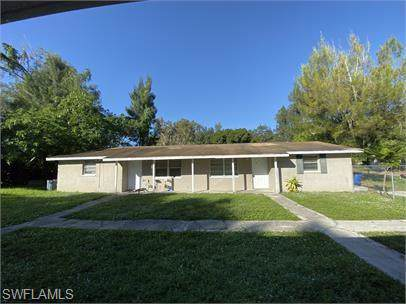 286-296 Lowell Ave, North Fort Myers, FL 33917 (#220003413) :: Southwest Florida R.E. Group Inc