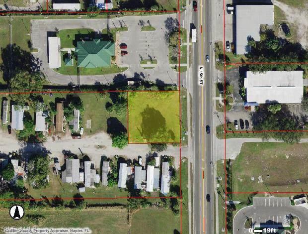 423 N 15th St, Immokalee, FL 34142 (#220003570) :: The Dellatorè Real Estate Group