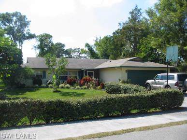 2130 Harvard Ave, Fort Myers, FL 33907 (MLS #220005367) :: Eric Grainger | NextHome Advisors