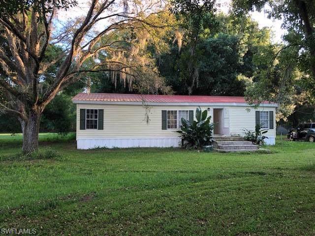 808 Woodland Blvd, Clewiston, FL 33440 (MLS #220007489) :: Clausen Properties, Inc.