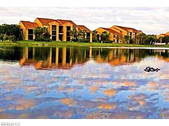 13521 Eagle Ridge Dr #127, Fort Myers, FL 33912 (#220009363) :: The Dellatorè Real Estate Group