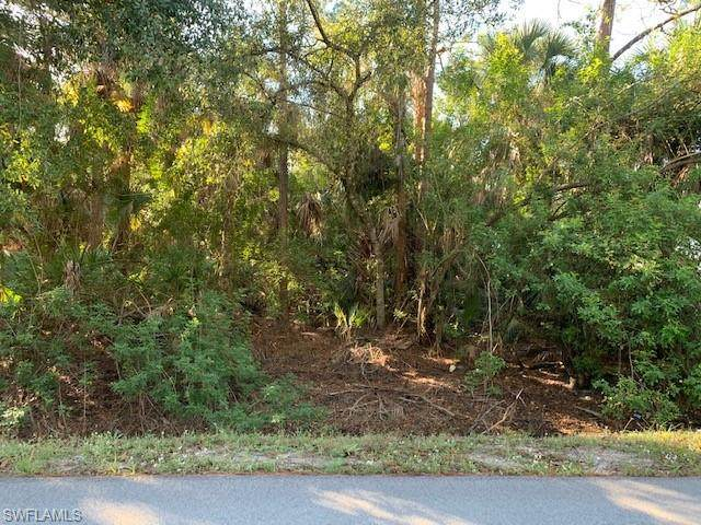 E Lincoln Ave, Labelle, FL 33935 (MLS #220010614) :: Clausen Properties, Inc.