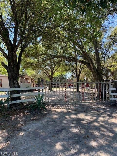 1210 Bartow Avenue, Clewiston, FL 33440 (MLS #220010644) :: Clausen Properties, Inc.