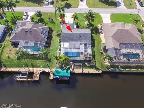 1403 SE 16th St, Cape Coral, FL 33990 (MLS #220012254) :: Palm Paradise Real Estate