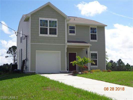 3033 N Balsam Cir, Labelle, FL 33935 (MLS #220012365) :: Clausen Properties, Inc.