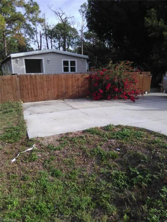 1978 Laurel Ln, North Fort Myers, FL 33917 (MLS #220013017) :: RE/MAX Realty Team