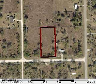 281 Avenida Del Centro, Clewiston, FL 33440 (MLS #220013798) :: Clausen Properties, Inc.