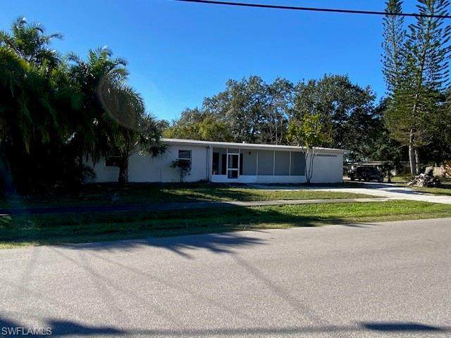8185 Hyde Park Ave, North Port, FL 34287 (MLS #220014254) :: RE/MAX Realty Team