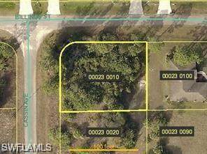 1126 Cassin Ave, Lehigh Acres, FL 33971 (MLS #220014573) :: RE/MAX Realty Team