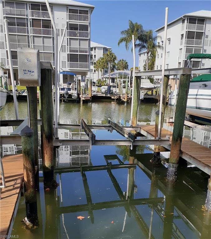 4401 Bay Beach Lane  Boat Dock - Photo 1