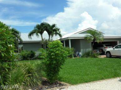 453 Washington Ct, Fort Myers Beach, FL 33931 (#220016139) :: The Dellatorè Real Estate Group