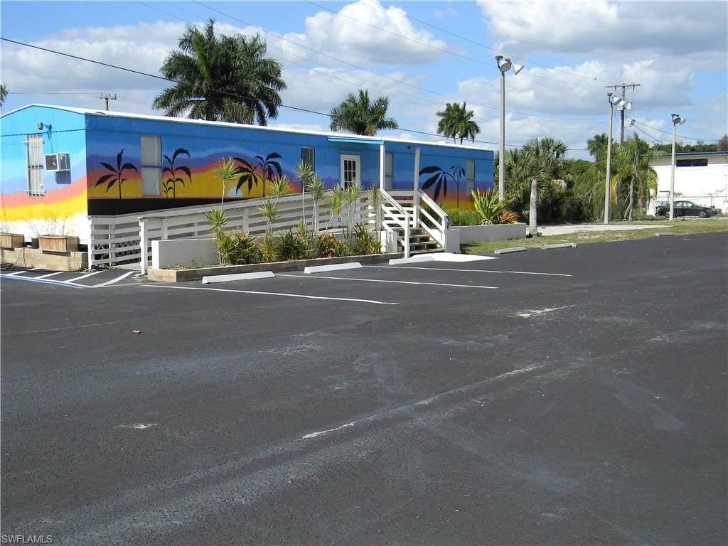 3421 Palm Beach Boulevard - Photo 1