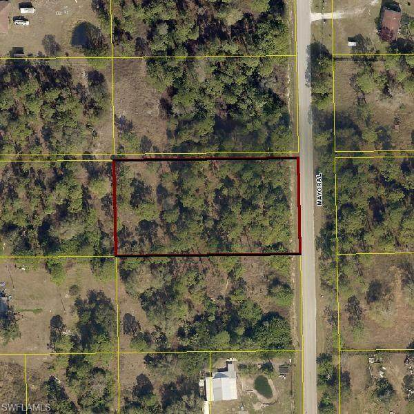 330 N Mayoral St, MONTURA RANCHES, FL 33440 (MLS #220021554) :: RE/MAX Realty Team
