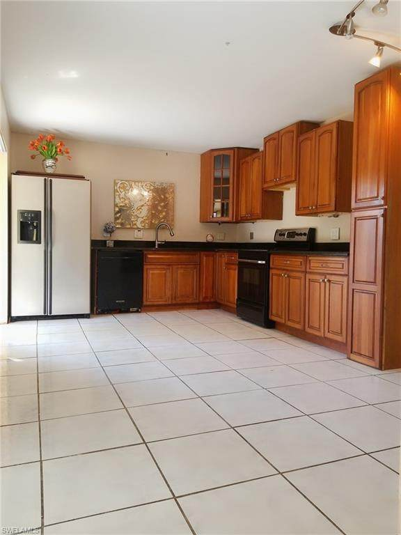 1543 Park Meadows Dr #4, Fort Myers, FL 33907 (MLS #220021872) :: RE/MAX Realty Team