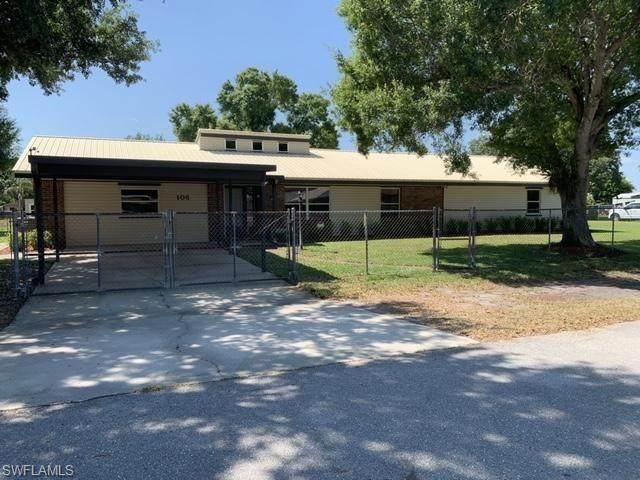 106 E Sugarland Cir, Clewiston, FL 33440 (#220024150) :: Caine Premier Properties