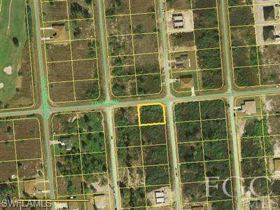 700/702 Ichabod Avenue S, Lehigh Acres, FL 33971 (#220024439) :: Caine Premier Properties