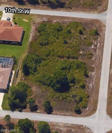 3313 10th St W, Lehigh Acres, FL 33971 (MLS #220024601) :: Clausen Properties, Inc.