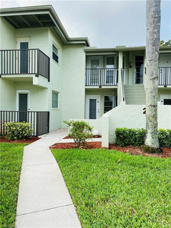 7400 College Parkway 2D, Fort Myers, FL 33907 (MLS #220025697) :: Eric Grainger | Engel & Volkers