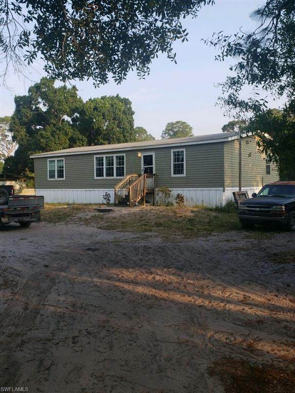 1250 Crystal Avenue, Clewiston, FL 33440 (MLS #220025947) :: Clausen Properties, Inc.