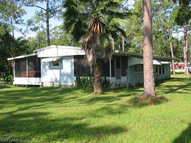 18621 State Road 31, North Fort Myers, FL 33917 (MLS #220026399) :: The Naples Beach And Homes Team/MVP Realty