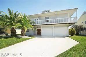 18227 Deep Passage Lane, Fort Myers Beach, FL 33931 (#220028704) :: The Dellatorè Real Estate Group