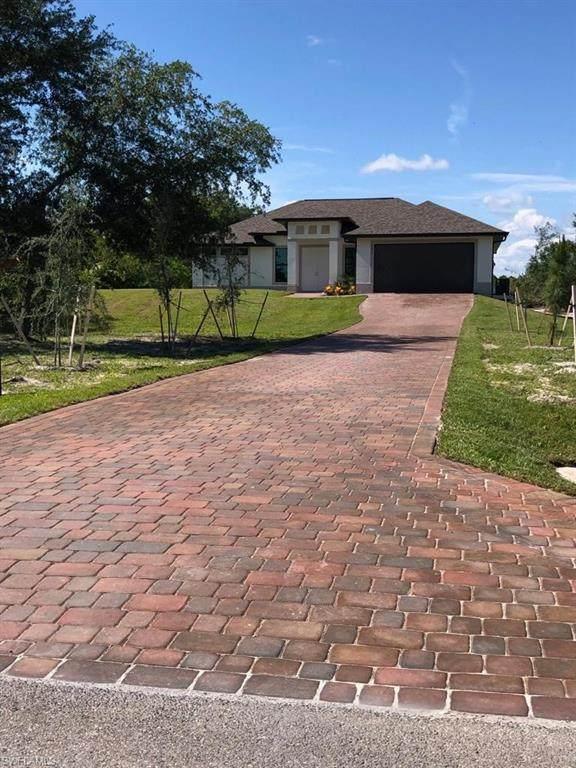 4249 56th Avenue NE, Naples, FL 34120 (MLS #220029350) :: Kris Asquith's Diamond Coastal Group