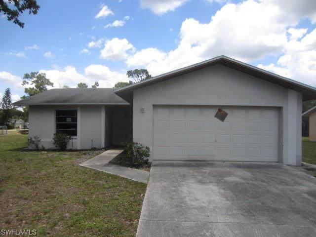 2655 Purslane Drive, Fort Myers, FL 33905 (#220032085) :: The Dellatorè Real Estate Group