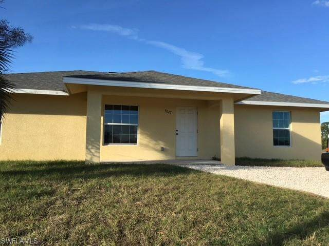 9028 Meadow Circle, Labelle, FL 33935 (MLS #220033681) :: RE/MAX Realty Group