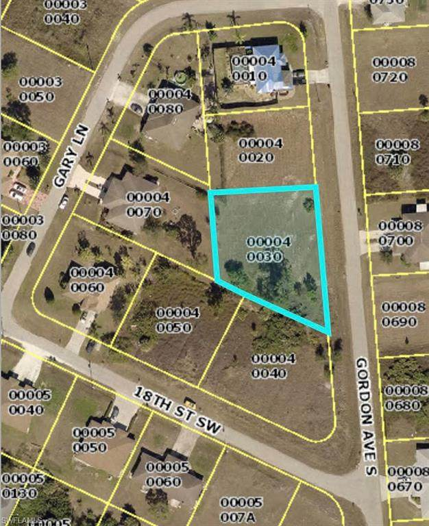 1520 Gordon Avenue S, Lehigh Acres, FL 33973 (MLS #220033773) :: #1 Real Estate Services