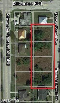 688 Thomas Sherwin Avenue S, Lehigh Acres, FL 33974 (MLS #220033949) :: Uptown Property Services