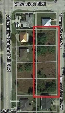 682 Thomas Sherwin Avenue S, Lehigh Acres, FL 33974 (MLS #220033956) :: Uptown Property Services