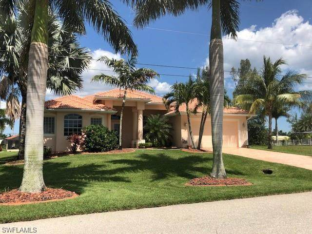 3905 SW 20th Avenue, Cape Coral, FL 33914 (MLS #220033997) :: The Naples Beach And Homes Team/MVP Realty