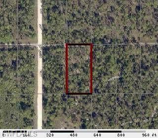 7655 19th Place, Labelle, FL 33935 (MLS #220034003) :: Clausen Properties, Inc.