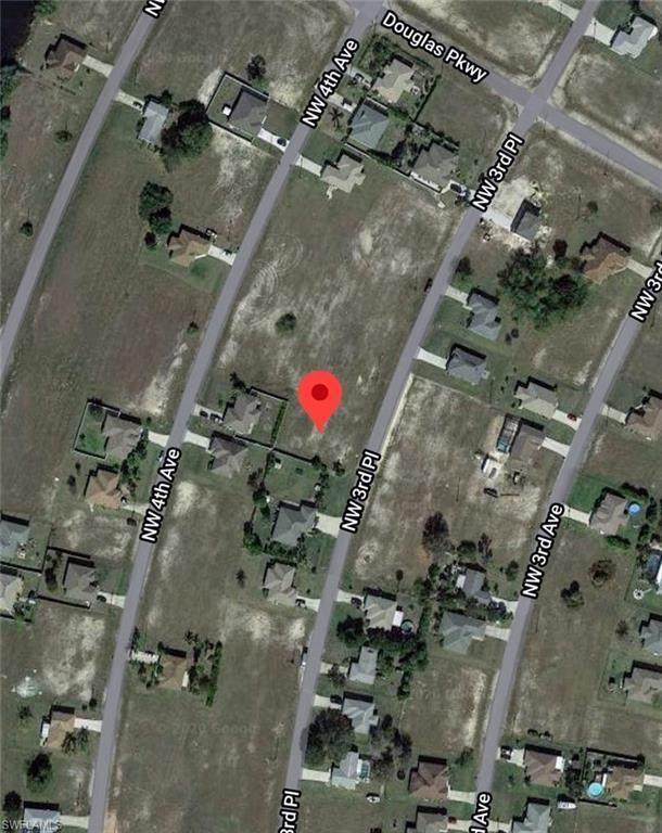 2714 NW 3rd Place, Cape Coral, FL 33993 (#220035187) :: The Dellatorè Real Estate Group