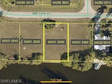 3304 NW 19th Street, Cape Coral, FL 33993 (#220035355) :: Southwest Florida R.E. Group Inc