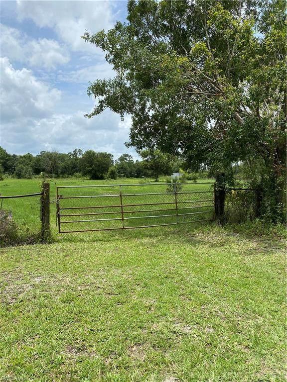 13370 Tangelo Avenue, Clewiston, FL 33440 (#220035927) :: Caine Premier Properties
