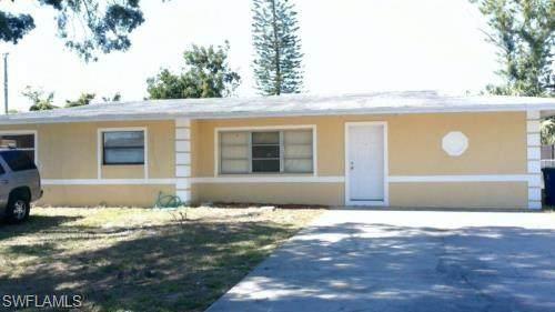 2201 Delta Street, Fort Myers, FL 33907 (#220036217) :: The Dellatorè Real Estate Group