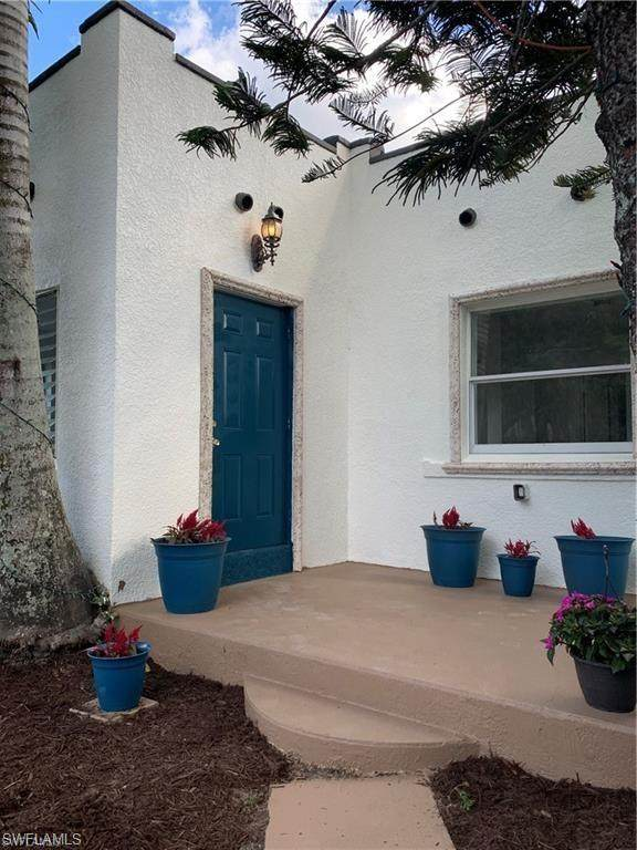 3758 Pearl Street, Fort Myers, FL 33916 (MLS #220037457) :: RE/MAX Realty Group