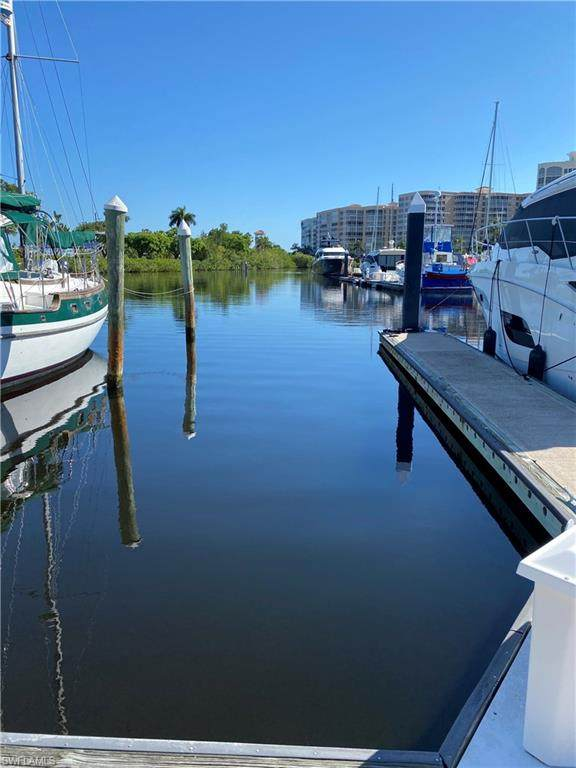 Boat Dock, Fort Myers, FL 33908 (MLS #220037696) :: Domain Realty
